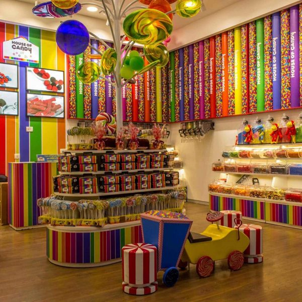House-of-Candy-03